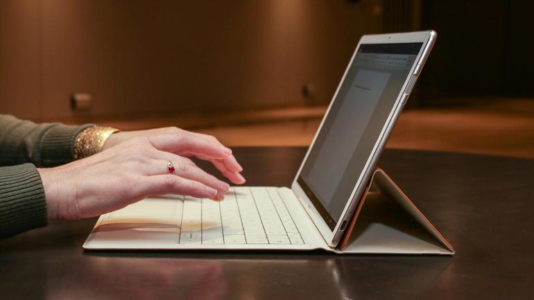huawei matebook hybrid laptop