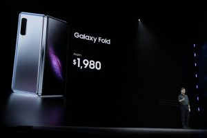 Samsung a lansat 4 telefoane performante